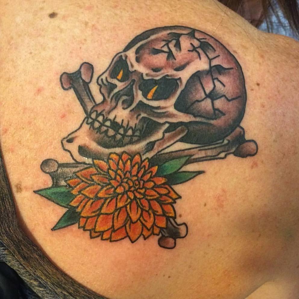 主页 纹身作品                        关小姐大腿写实石狮子纹身图片